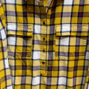 Old Navy Tops - 🍁OLD NAVY yellow plaid boyfriend flannel shirt🍂